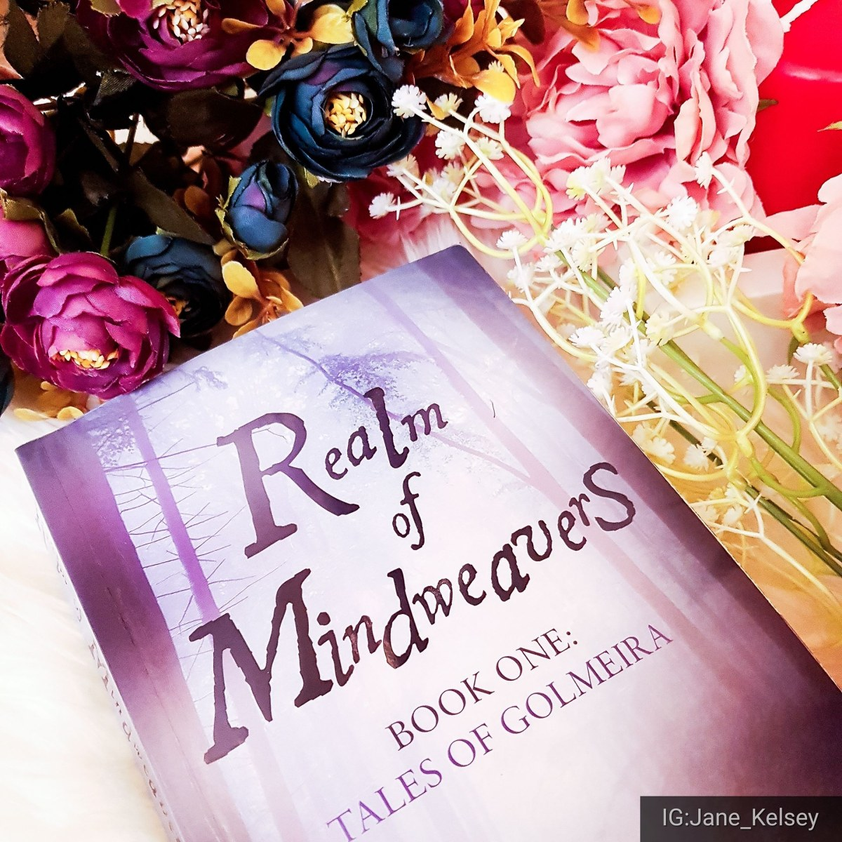 BOOK REVIEW: Realm of Mindweavers- Tales of Golmeira by MarianneRatcliffe
