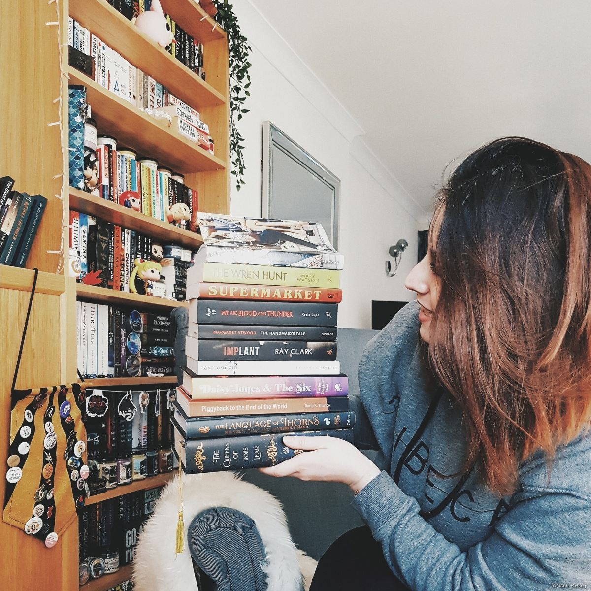 #BookDiary: A city of ghosts beneath the citadel & April TBR| 02/04/2019